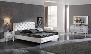 exemple deco peinture chambre chaioscom With chambre a coucher grise
