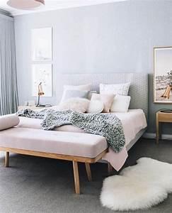 idees chambre a coucher design en 54 images sur archzine With tapis chambre bébé avec robe blanche fleur
