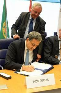 Signing ceremony on Joint Procurement Agreement (20 June ...