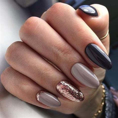 fall nails     blonde