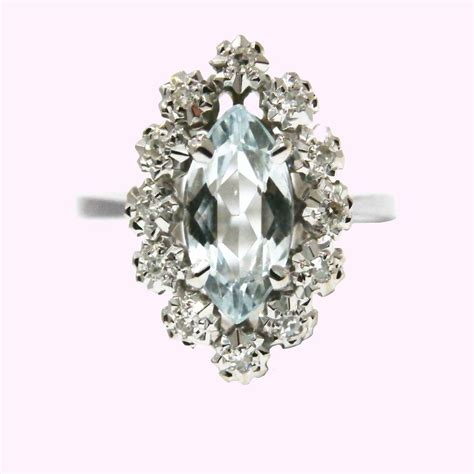bijouterie du marais bague marquise or blanc 750 aigue marine diamants