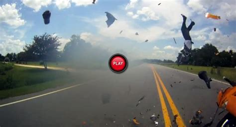 This Ghastly Motorcycle Accident Will Leave You In Shivers…