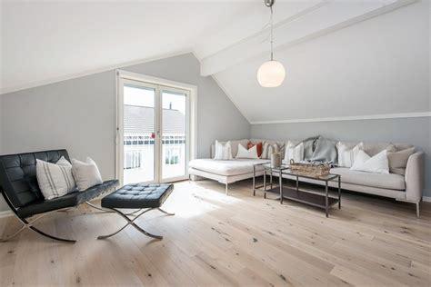 canapé moderne design aménagement combles de rêve idées de mansarde design