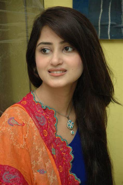 Pakistani Hot Actresses Photos Sajal Ali Pakistani Hot