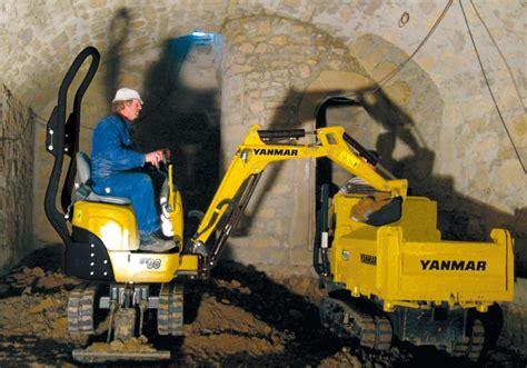 yanmar sv  tonne micro excavator digger  sale mts plant