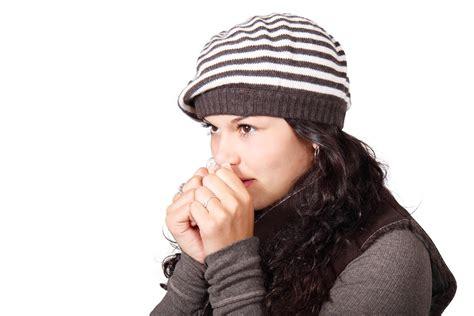 astuce contre les moucherons dans la cuisine 9 astuces trop simples qui changent tout contre le froid astuces de grand mère
