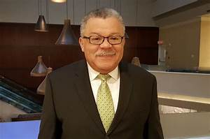 Former Philadelphia Police Commissioner Charles Ramsey ...