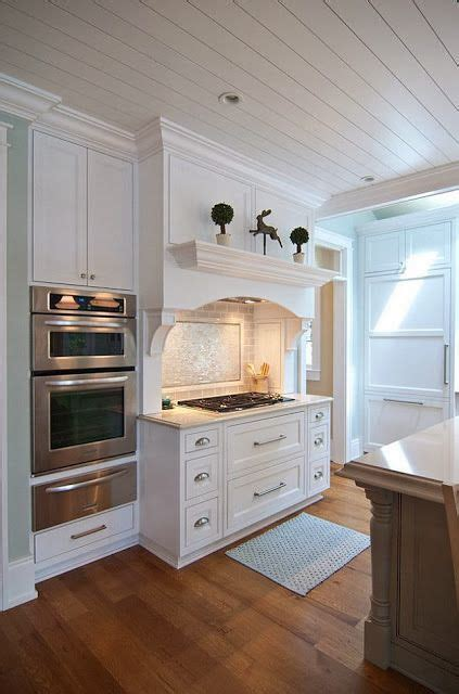 kitchen cabinets and countertops 1000 images about tonight on wide plank 5895