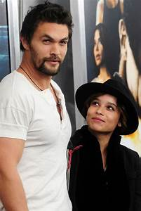 Jason Momoa and Zoe. Wow, sorry, but this man is HOT ...