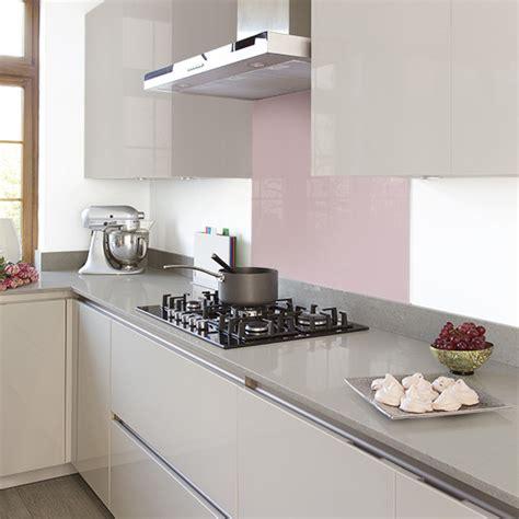 grey modern kitchen  handleless cabinetry  pink
