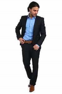 Schwarzer Anzug Blaue Krawatte : kann man eine schwarze krawatte zu einem schwarzen hemd und schwarzer hose anziehen ~ Frokenaadalensverden.com Haus und Dekorationen