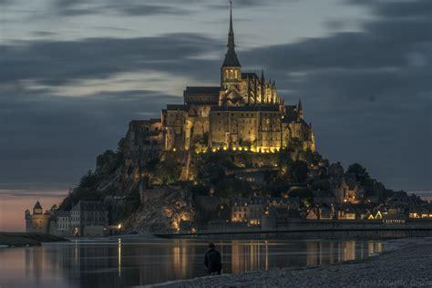 night castle cloudy light river  image peakpx