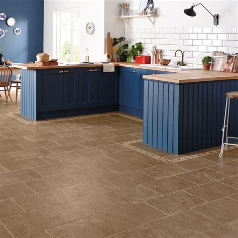 Free pictures of kitchen design ideas with expert tips on flooring materials, how to floor a kitchen, and diy tips. Kitchen Flooring Tiles and Ideas for Your Home   Floor Tiles & Planks
