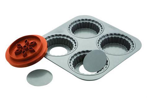 chicago metallic nonstick mini pie pan set cutlery