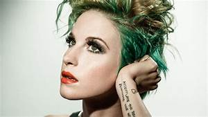 Hayley Williams Pics - CelebrityWallpapersHQ.Com