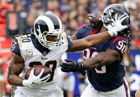 nfl notebook rams gurley agree  record extension