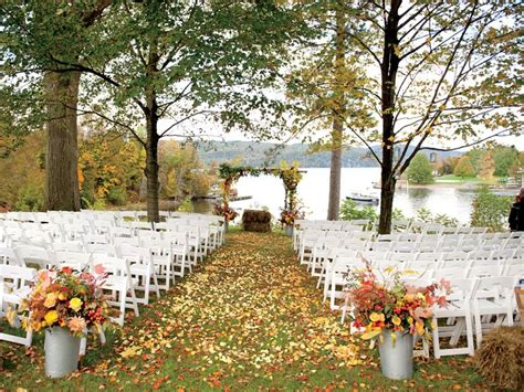 fall wedding pitfalls fall wedding planning fall wedding mistakes
