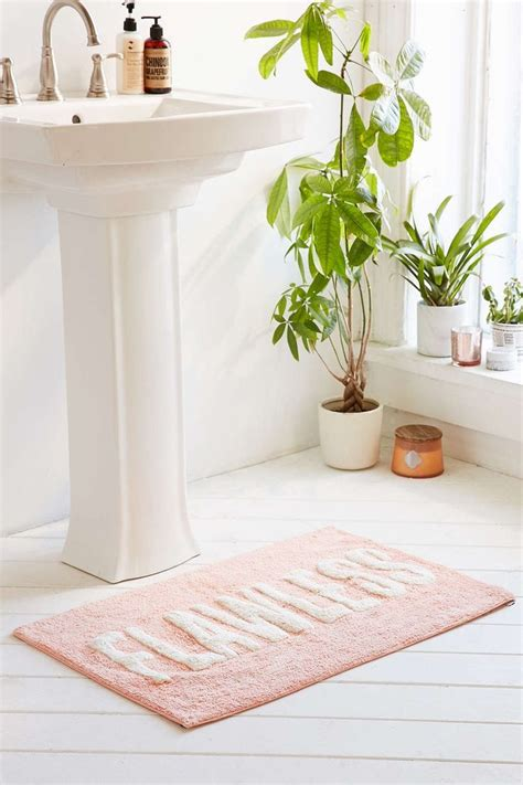 Modern Bathroom Rug by 15 Cool Bath Mat And Rugs For Your Bathroom Theydesign
