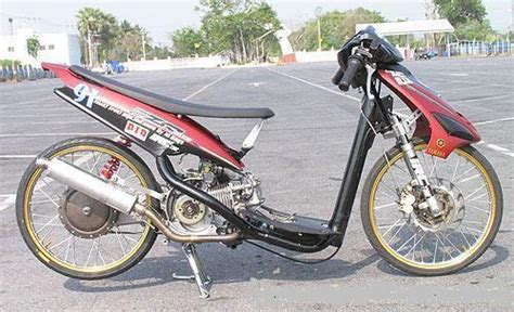 Mio Drag by Yamaha Mio Drag Race 2011 Style