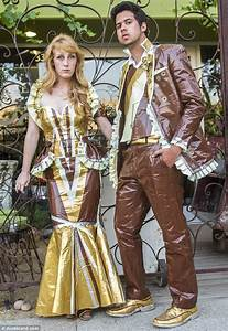 This Coupleu2019s Prom Outfits Are A Bit Unusual. As Is The Competition They Are Trying To Win ...