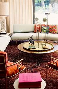 creez une ambiance charmante en utilisant le plateau With tapis persan avec plateau canapé traiteur