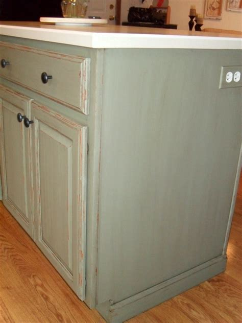 chalk paint kitchen island hometalk painting my kitchen island with sloan 5217