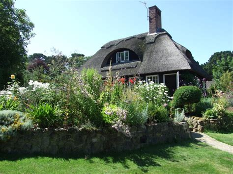 how to make a storybook cottage garden
