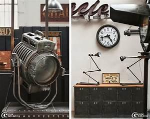 Objet Deco Style Industriel : mobilier et objets industriels ~ Melissatoandfro.com Idées de Décoration