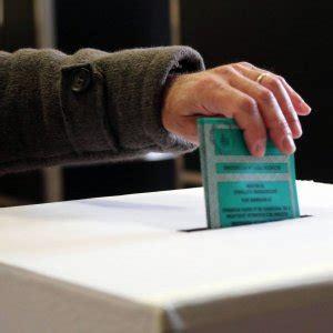 Ufficio Elettorale Comune Di Napoli by Referendum L Appello Social Funziona Arrivano 200