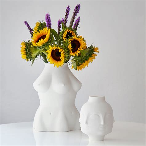 Maar Vase by Maar Vase White Maar By Jonathan Adler Made