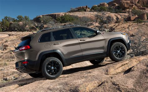 2018 Jeep Cherokee Trailhawk Read Side View 201866 Photo 1