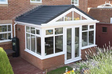 Conservatory : Tiled / Solid Conservatory Roof