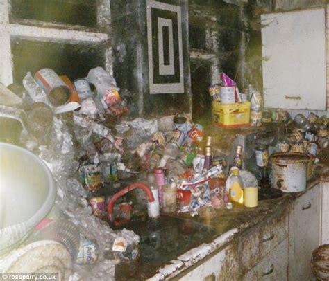 amazonia si鑒e social e 39 stata definita 39 39 la casa degli orrori 39 39 ecco la macabra scoperta della polizia