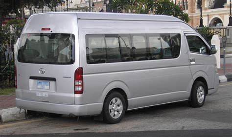 Toyota Hiace Picture by File Toyota Hiace Fifth Generation Grand Cabin Rear