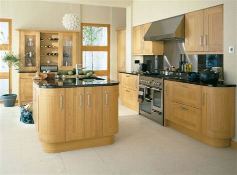 shaker and painted kitchens