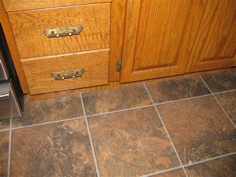 laminate flooring that looks like tile floor laminate flooring that looks like tile desigining home interior
