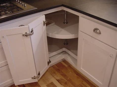 Corner Kitchen Cabinet   Corner Kitchen Cabinet Ideas