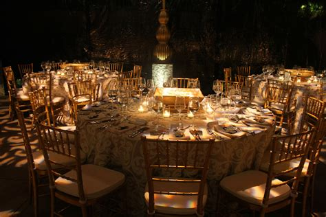 Dramatic Dinner Party  A1 Party