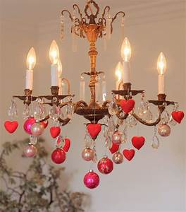 Nora's Nest: Making Valentine Heart Ornaments: DIY
