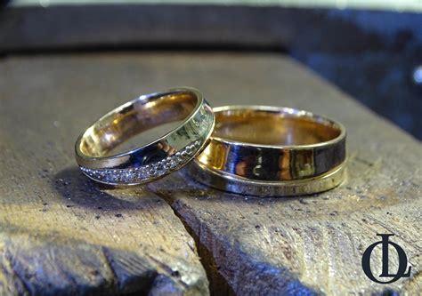 Laulību gredzeni no sarkanā un baltā zelta   Ora Legendo, Riga