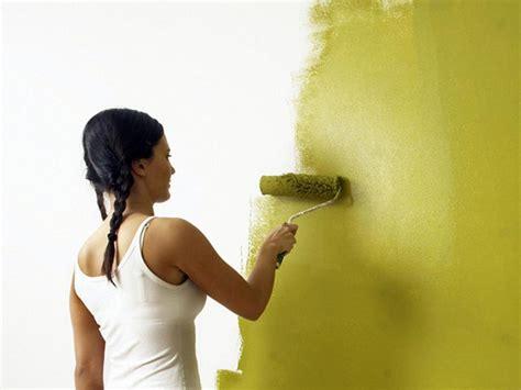 waende richtig streichen raeume mit farbe selbst gestalten