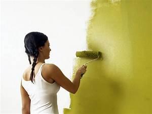 Wände Streichen Farbe : w nde richtig streichen r ume mit farbe selbst gestalten wie ~ Markanthonyermac.com Haus und Dekorationen