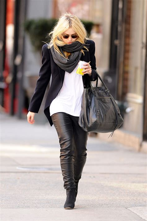 combine leather pants   occasion fashion