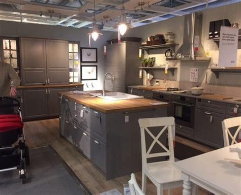 ikea cuisine faktum ikea bodbyn grey kitchen wall paint