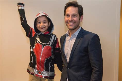 paul rudd surprises audience  ant man charity