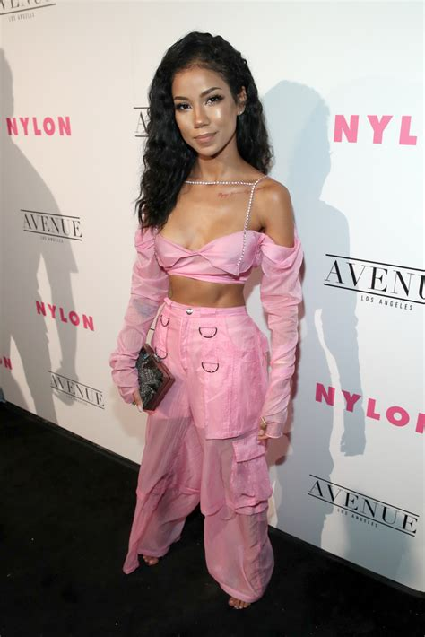 Jhene Aiko Crop Top  Tops Lookbook Stylebistro