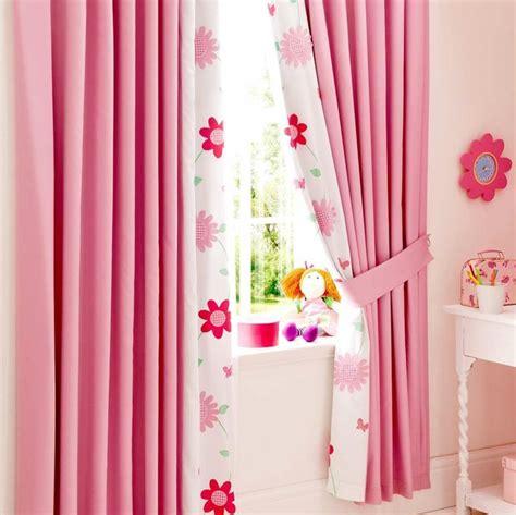 rideaux de chambre de fille les 25 meilleures idées de la catégorie chambre d 39 enfants
