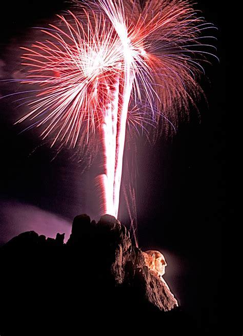 mount rushmore fireworks  kick  american celebration