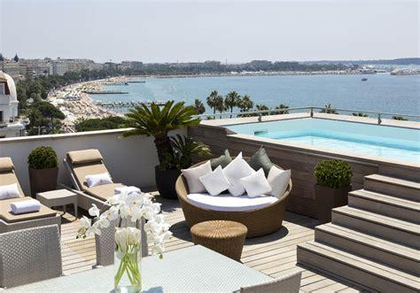 hotel avec dans la chambre marseille hôtel barrière le majestic cannes piscine