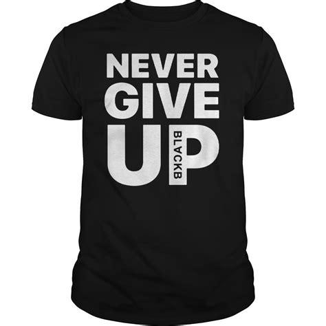 Tshirt Liverpool Edition liverpool mo salah never give up blackb limited edition t